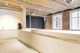 bureau en bois moderne bois moderne free et mtal jugend with moleskine x driade en