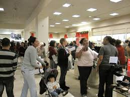 black friday shopping at westfield santa mall photos