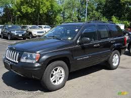dark grey jeep grand cherokee 2004 jeep grand cherokee laredo 4x4 in brillant black crystal