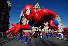 macy s day parade balloons take flight macy s thanksgiving day