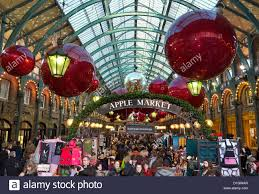 Christmas Decorations London Cheap by The Apple Market Hall At Covent Garden With Christmas Decorations