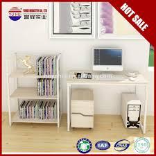 Kleiner Holz Schreibtisch Uncategorized Geräumiges Kleine Schreibtische Tisch Laptop