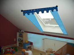 dachfenster deko gardinen deko gardine dachfenster gardinen dekoration über die