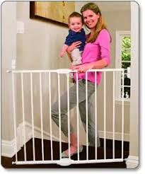 Munchkin Baby Gate Banister Adapter Amazon Com Munchkin Extending Metal Gate White Discontinued By