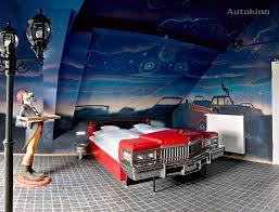 canapé voiture hôtel v8 à stuttgart l hôtel des amoureux des voitures voyage