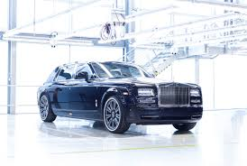 roll royce drake wierd wald rolls royce dawn black bison is surreal sport luxury