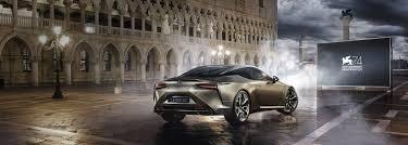 lexus nx hybrid bagagliaio coupé lexus lc v8 potenza e sportività per una guida entusiasmante