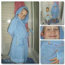 robe de chambre enfants peignoir à capuche burda 1 nadietoile
