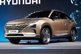 hyundai crossover hyundai next generation fcev crossover makes hydrogen roadshow