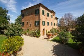 scannagallo farmhouse in valdichiana holiday apartments and