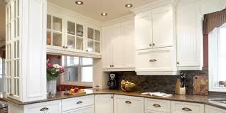 relooker une cuisine rustique en ch麩e cuisine en ch麩e clair 57 images modele de cuisine en bois