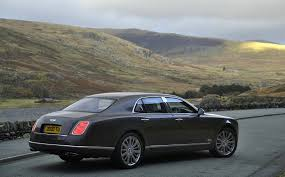 new bentley mulsanne bentley mulsanne bringing new luxury features to geneva photos