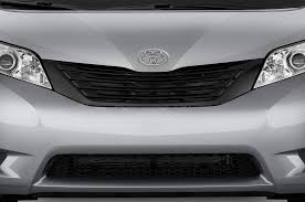 2012 toyota sienna reviews and rating motor trend