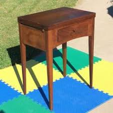 Singer Sewing Machine With Cabinet by Empty Singer Sewing Machine Compact Cabinet Table 15 91 66 101 125