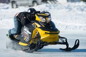 illinois man reaches 168 421 mph on snowmobile at nssr race