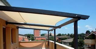 montaggio tettoia in legno costruire una tettoia tetto come realizzare una tettoia