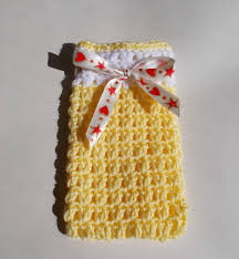 marianna u0027s lazy daisy days easy crochet gift bags with chocolates