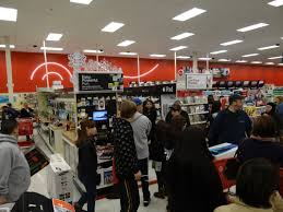 black friday 2011 target photos holiday shoppers rush medford target on black friday