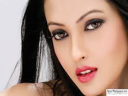 actress riya sen 1024x768 101903