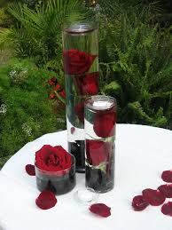 Wedding Reception Table Centerpiece Ideas by Best 25 Red And White Wedding Decorations Ideas On Pinterest