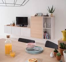 tv pour cuisine cuisine équipée socoo c cooking louise détourner les meubles de