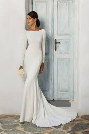 justin wedding dresses justin crepe sleeved wedding dress with beaded