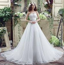Chapel Train Wedding Dresses Ball Gown Sweetheart Chapel Train Organza Crystal Beaded Wedding