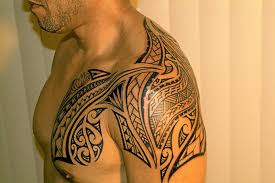 polynesian shoulder and chest tattoos photo 1 2017 real photo