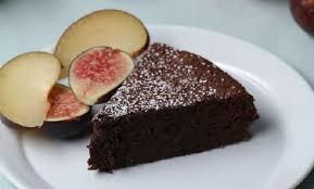 comment cuisiner un gateau au chocolat voici comment faire un gâteau au chocolat avec 2 ingrédients