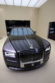 roll royce ghost rolls royce ghost elegance is painted with actual diamonds