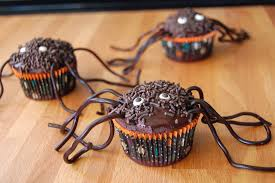 spider cupcakes wee eats