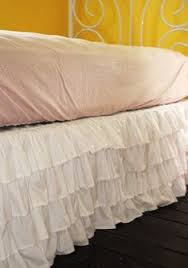 Shabby Chic Bed Skirts by Cute Shabby Chic Bedding With White Ruffle Bed Skirt And White