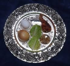 messianic seder plate a different way celebrating passover as a messianic