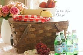 vintage picnic basket i vintage picnic baskets white lace cottage