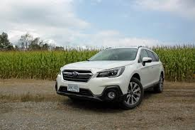 subaru outback 2018 white crossover buyers guide 2016 crossover prices reviews and specs