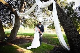 easy outdoor wedding decorations simple outdoor wedding ideas