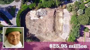 bob newhart u0027s former estate now razed lists as a vacant lot for