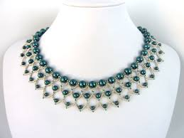 necklace with beads design images Free beading pattern for pearl petals necklace woven entirely out jpg