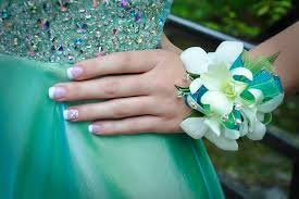 prom wristlets foster floral design prom flowers knoxville tn
