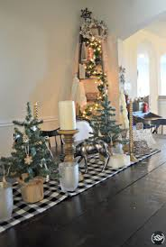 Christmas Tree Decorating Ideas Southern by Christmas Home Tour Plaid U0026 Vintage Woodsy Christmas Decorating