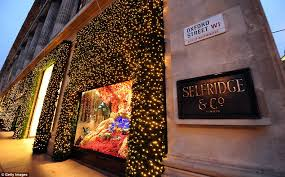 Christmas Window Decorations In Nyc by Femail Goes Behind The Scenes Of Selfridges Christmas Windows