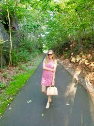 lilly pulitzer on a budget how to find deals amy marie