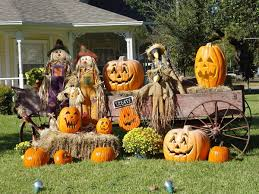 halloween decorated houses fall fun halloween boutiques bake sales festivals harvest