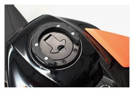 sw motech quick lock evo tankring adapter kit ktm 390 duke 2017