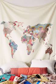 Wall Decor For Bedroom by Best 25 World Map Decor Ideas Only On Pinterest Travel