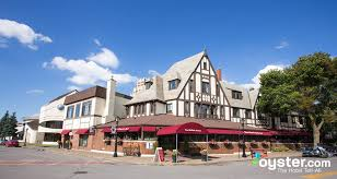Bed And Breakfast Niagara Falls The Red Coach Inn Historic Bed And Breakfast Hotel Oyster Com