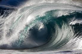 Frozen Waves Liquid Sculptures Powerful Waves Photographed By Pierre Carreau