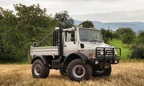 mercedes unimog truck bow to arnold schwarzenegger s badass 1977 mercedes unimog