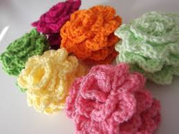 Crocheted Flowers - 240 best crochet flowers and leaves projects free patterns