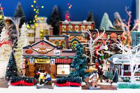 Christmas Town Decorations St Nick Nacks Christmas Shop Decorations U0026 Trees Callahan U0027s